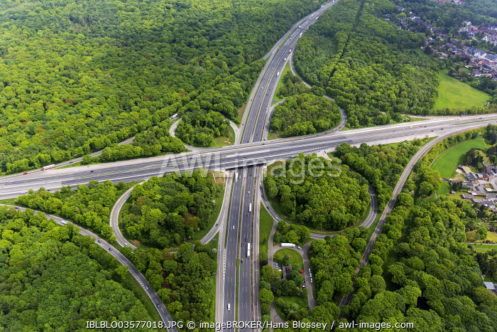 Aerial view from Oberhausen-Nord, Oberhausen motorway junction, motorways A2, A3 A516, Sterkrade-Nord, Oberhausen, North Rhine-Westphalia, Germany, Europe