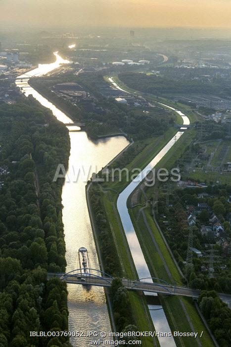 Aerial view, Rhine-Herne Canal and the Emscher River, Essen, North Rhine-Westphalia, Germany, Europe