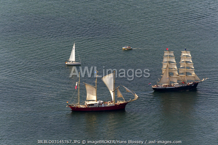 Aerial view, sailboats during the Hanse Sail Rostock, Warnemünde, Rostock, Mecklenburg-Western Pomerania, Germany, Europe