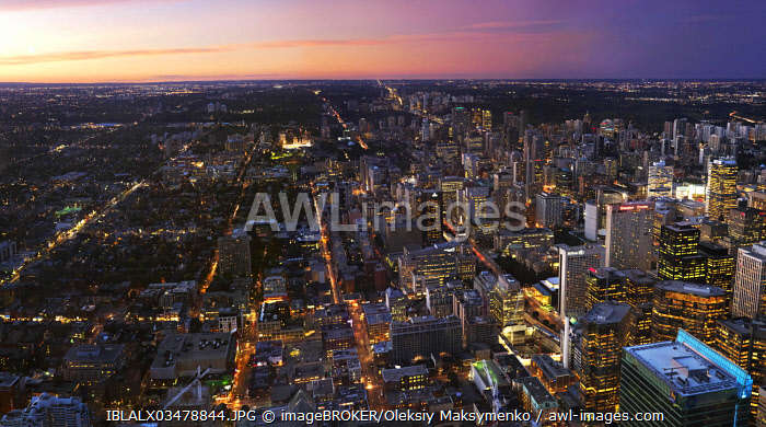 Panoramic view of Toronto downtown at sunset, Toronto, Ontario Province, Canada, North America