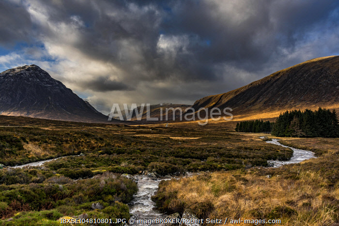 River Etive with summit of Stob Dearg in the background, Glen Coe, Rannoch Moor, west Highlands, Scotland, Great Britain