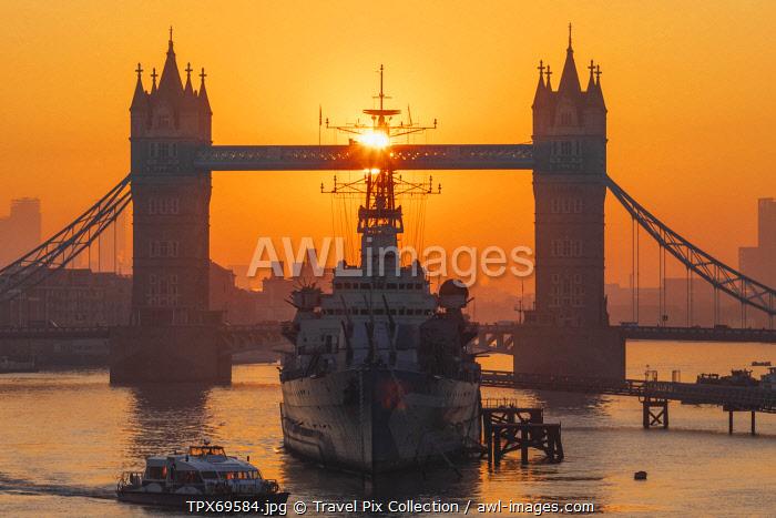 England, London, Tower Bridge and Museum Ship HMS Belfast at Sunrise