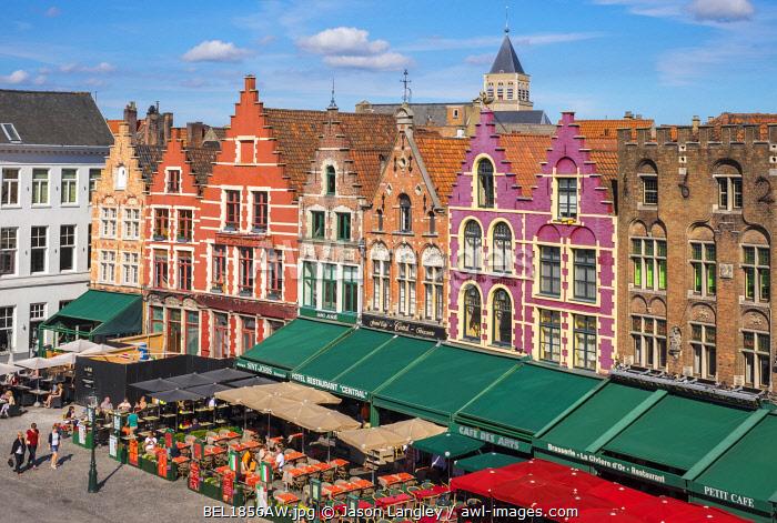 Belgium, West Flanders (Vlaanderen), Bruges (Brugge). Medieval guild houses on Markt square.