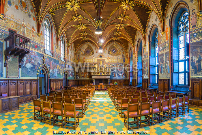 Belgium, West Flanders (Vlaanderen), Bruges (Brugge). Interior of the Gothic Hall at Stadhuis van Brugge city hall.