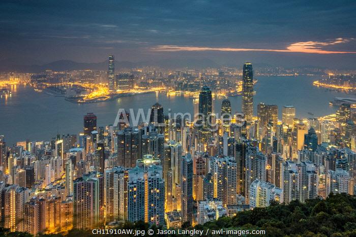Hong Kong skyline at night from Lugard Road on Victoria Peak, Hong Kong Island, Hong Kong, China
