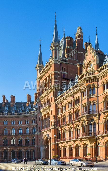 United Kingdom, England, London. St Pancras International railway station.