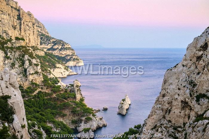 Mediterranean landscape at Calanque de Sugiton, Parc National des Calanques, Bouches-du-Rhône, Provence-Alpes-Côte d'Azur, France.