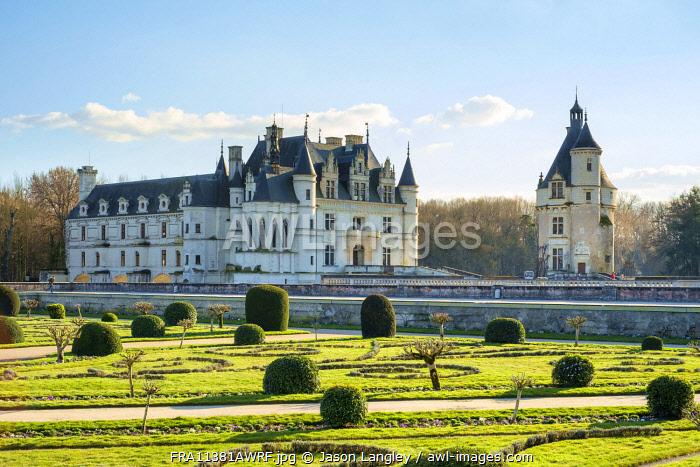 Château de Chenonceau castle seen from the formal gardens, Chenonceaux, Indre-et-Loire, Centre, France.