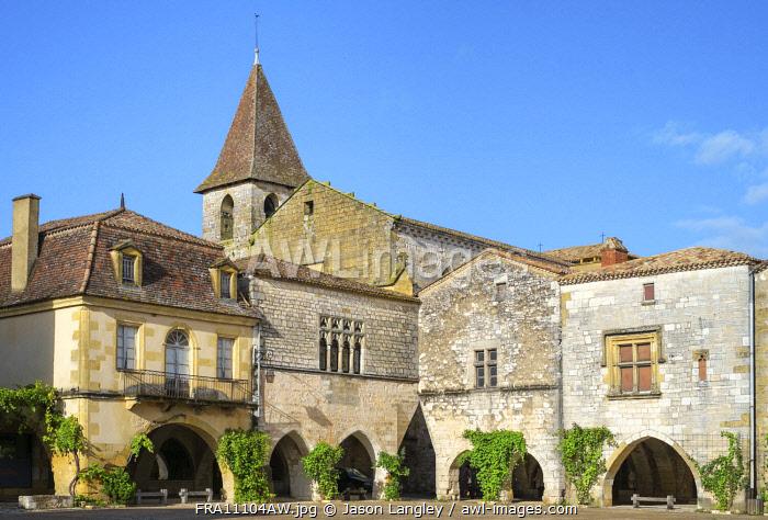 La place des Cornières town square of French bastide town of Monpazier, Dordogne department, Aquitaine, France.