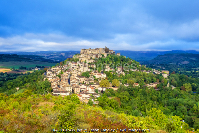 View of hilltop town of Cordes-sur-Ciel, Tarn Department, Midi-Pyrénées, France.