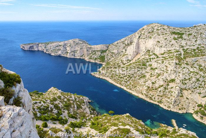 High angle view of rugged Mediterranean landscape at Calanque de Sugiton, Parc National des Calanques, Provence-Alpes-Côte d'Azur, Bouches-du-Rhône, France
