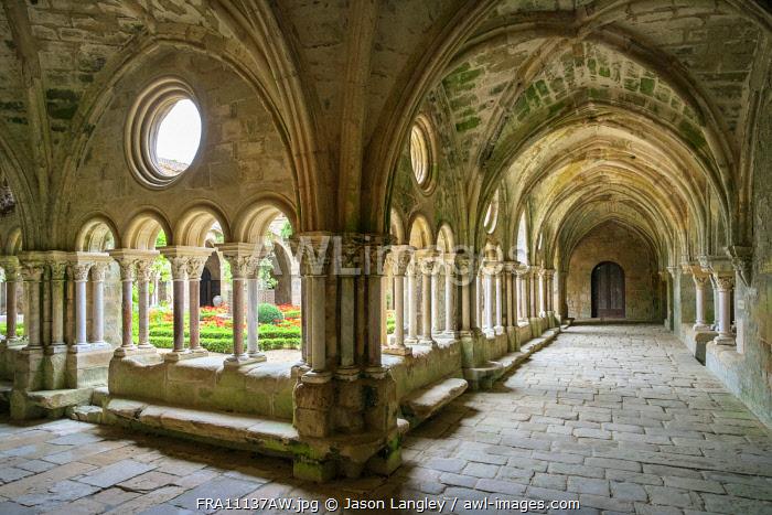 Romanesque cloisters at Abbaye de Fontfroide, Aude Department, Languedoc-Roussillon, France.