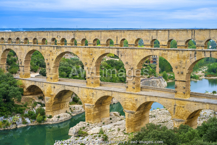 Pont du Gard and the Gard River in early morning, Gard Department, Languedoc-Roussillon, France.