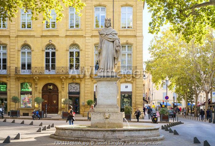 Statue of Roi René at the end of Cours Mirabeau, Aix-en-Provence, Bouches-du-Rhône, Provence-Alpes-Côte d'Azur, France.