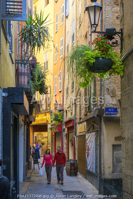 Pedestrian shopping streets in old town of Grasse, Alpes-Maritimes, Provence-Alpes-Côte d'Azur, France.