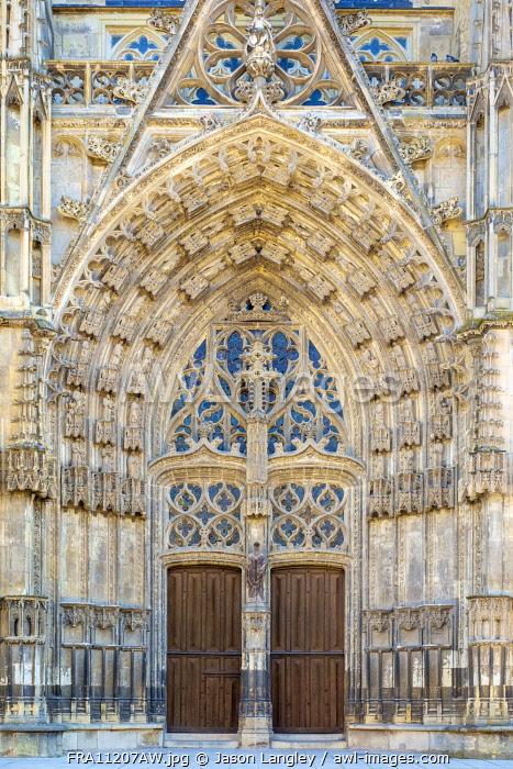 Front portal entrance of Cathédrale Saint-Gatien cathedral, Tours, Indre-et-Loire, Centre, France.