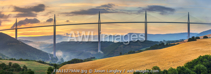 Viaduc de Millau bridge over Tarn river valley at sunrise, Millau, Aveyron Department, Midi-Pyrénées, France