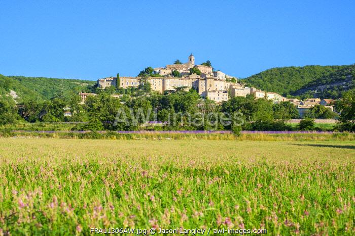 Hilltop town of Banon, Alpes-de-Haute-Provence, Provence-Alpes-Côte d'Azur, France