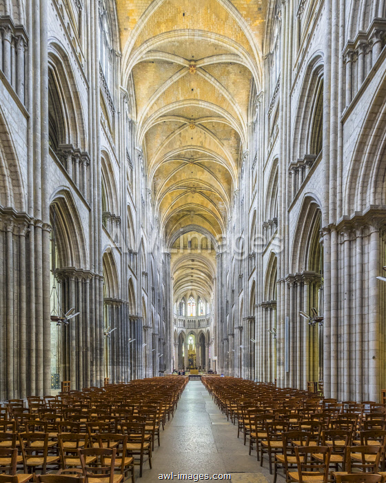 France, Normandy (Normandie), Seine-Maritime department, Rouen. Interior nave of Cathedrale Notre-Dame de Rouen cathedral.