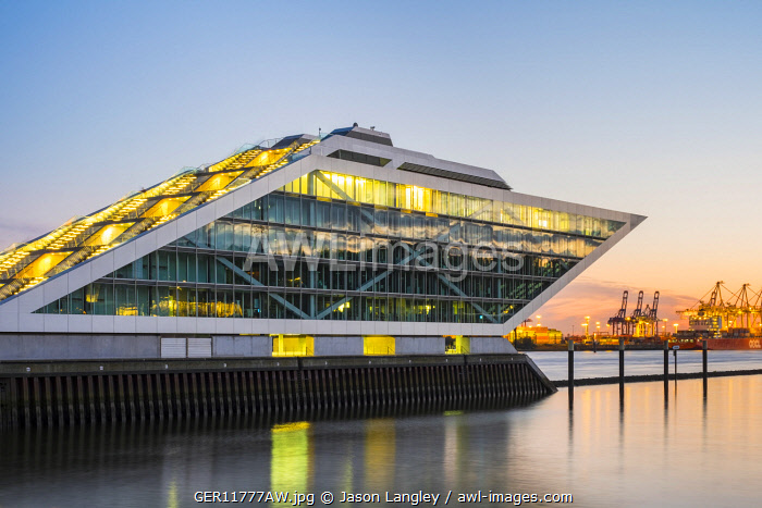 awl-images.com - Germany / Dockland office building on the Elbe River after sunset, Altona-Altstadt, Hamburg, Germany