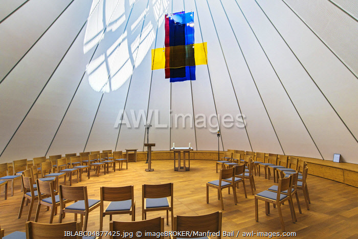 Chapel of the Holy Family, new building of the church Sankt Joseph, Holzkirchen, Upper Bavaria, Bavaria, Germany, Europe