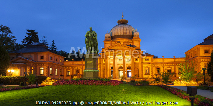 Kaiser-Wilhelms-Bad, Memorial to Kaiser Wilhelm I, spa garden, Bad Homburg, Hesse, Germany, Europe