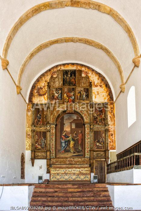 Main altar, Manueline Church Santa Misericórdia, Silves, Algarve, Portugal, Europe