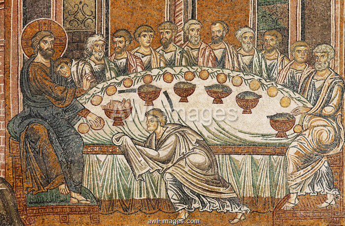 Jesus and his disciples during the Last Supper, Byzantine gold ground mosaics, Cathedral of Santa Maria Nuova, Monreale Cathedral, Monreale, Province of Palermo, Sicily, Italy, Europe