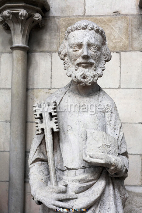Saint Peter with key, sandstone figure on the facade, gothic cathedral of Rouen, Notre Dame Cathedral, Rouen, Seine-Maritime, Upper Normandy, France, Europe