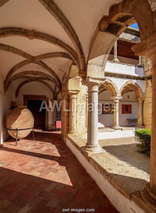 Cloister of Monastery of Nossa Senhora da Assuncao, Faro, Algarve, Portugal, Europe