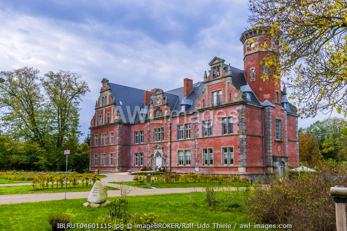 Bernstorf Castle, Bernstorf, Mecklenburg-Western Pomerania, Germany, Europe