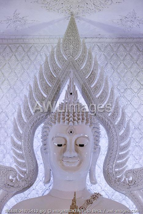 Buddha statue in the white prayer hall, Wat Huay Pla Kang Temple, Chiang Rai, Northern Thailand, Thailand, Asia