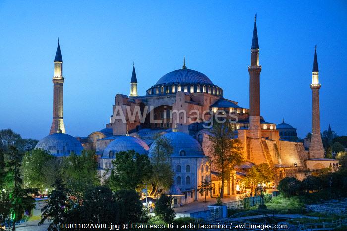 Hagia Sophia (Aya Sofia) at sunset, Istanbul, Turkey. Blue hour