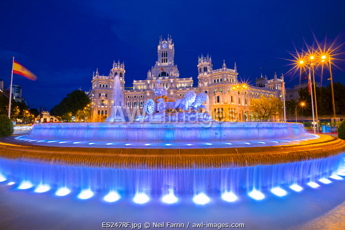 Cybele Palace and Cybele Fountain at Dusk, Madrid, Spain