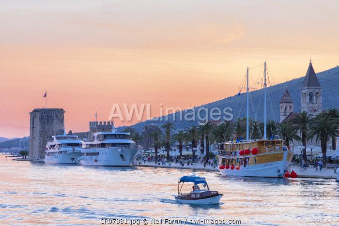 Trogir Harbour, Trogir, Dalmatian Coast, Croatia, Europe