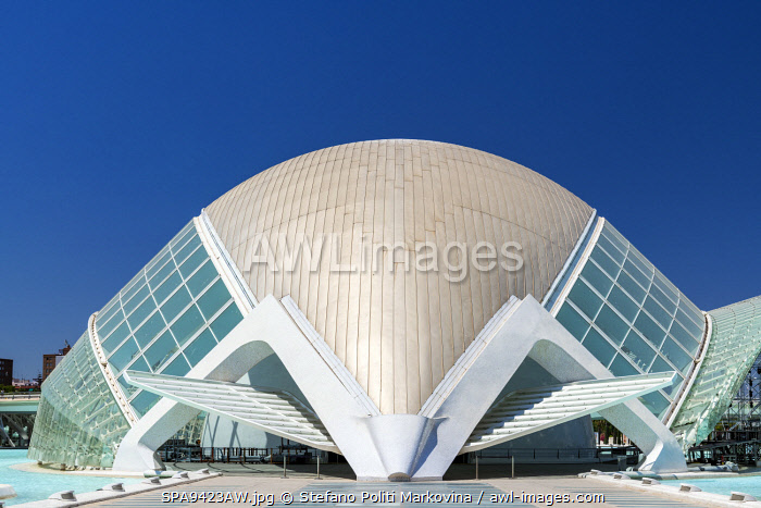 awl-images.com - Spain / L'Hemisferic planetarium, City of Arts and Sciences or Ciudad de las Artes y las Ciencias, Valencia, Comunidad Valenciana, Spain