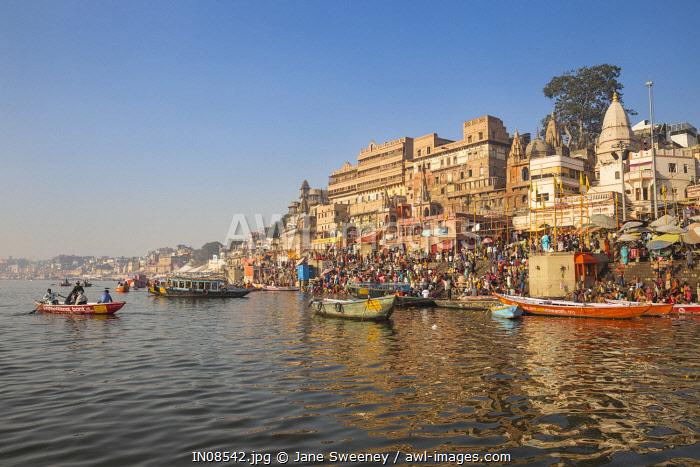 India, Uttar Pradesh, Varanasi, View towards Dashashwamedh Ghat