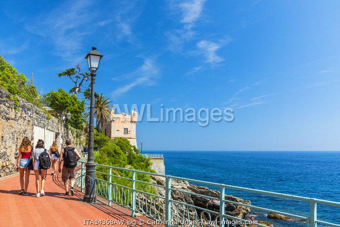 Europe, Italy, Liguria. Genoa, Nervi. Strolling on the promenade Passeggiata Anita Garibaldi.