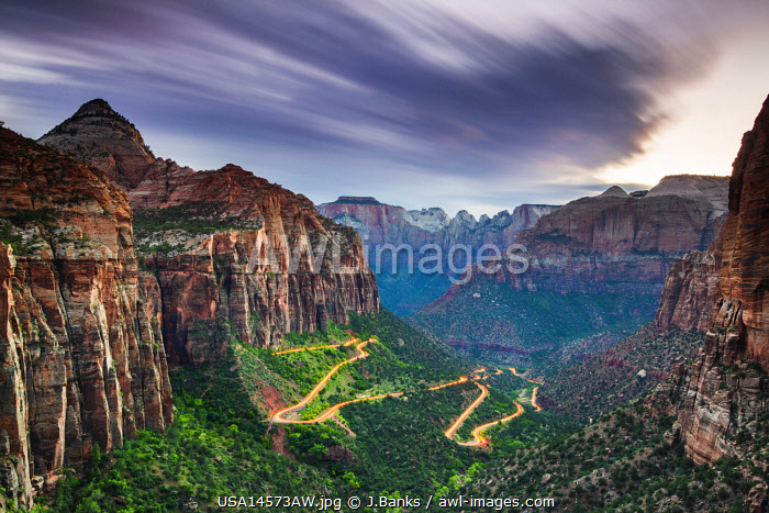 awl-images.com - USA / Road to Canyon overlook. Zion National Park, Utah, USA