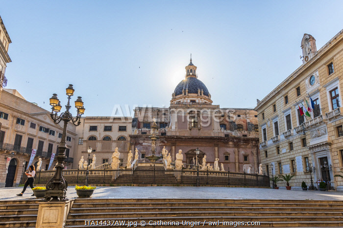 awl-images.com - Italy / Europe, Italy, Sicily. Palermo. The Piazza Pretoria with the fountain Fontana Pretoriana and the church Santa Caterina in the background