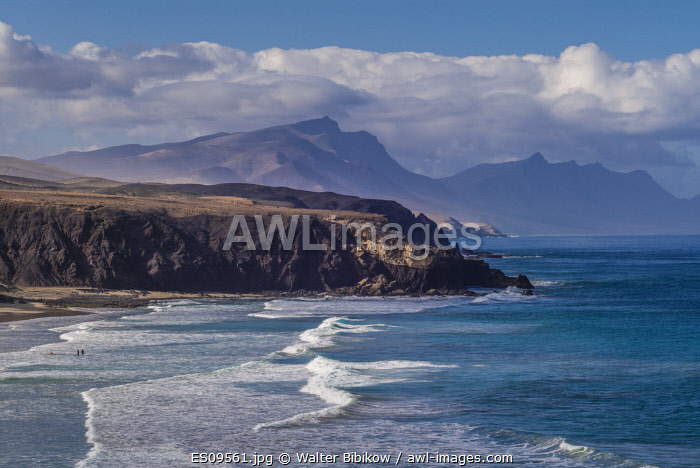 awl-images.com - Spain / Spain, Canary Islands, Fuerteventura Island, La Pared, Playa de la Pared, prime west coast surfing beach