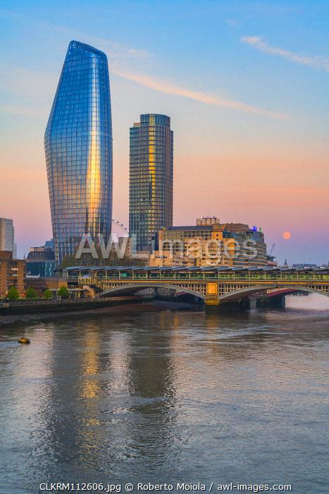 awl-images.com - England / One Blackfriars and South Bank Tower mirrored in River Thames, London, United Kingdom