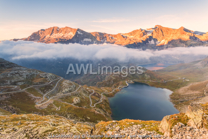 awl-images.com - Italy / Agnel lake and the Levanne mountains in the background viewed from the road leading to Nivolet pass, Ceresole Reale,Graian alps, Gran Paradiso National Park, Piedmont region, Italy