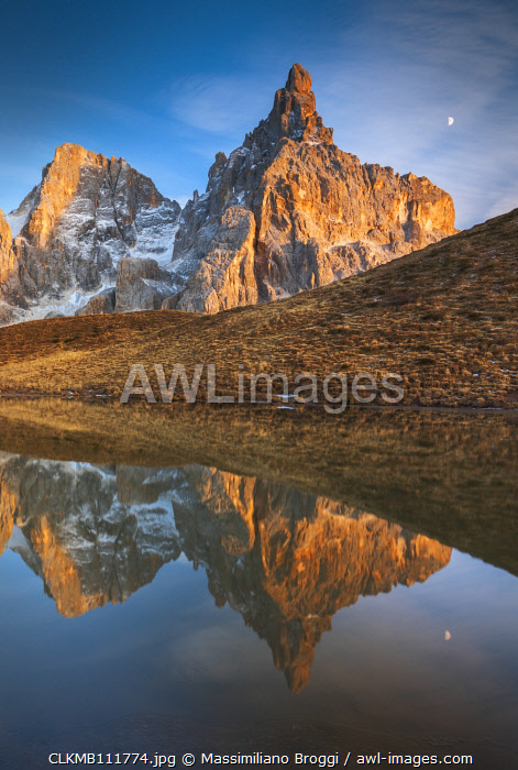 awl-images.com - Italy / Reflection of the Cimon della Pala in the lake, Passo Rolle, Trento, Trentino Alto Adige, Italy, Southern Europe