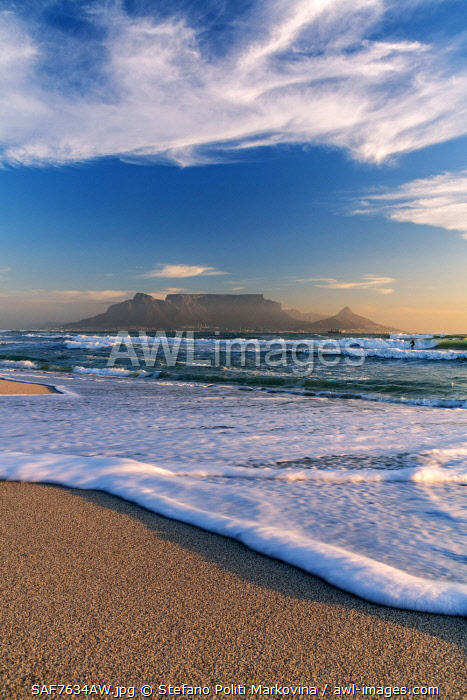 Bloubergstrand beach with Table Mountain in the background,  Cape Town, Western Cape, South Africa