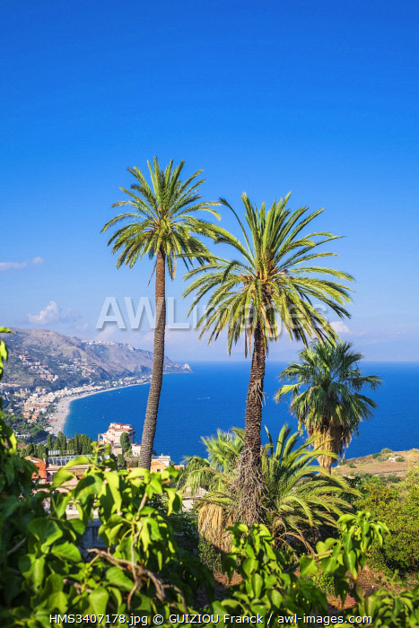 Italy, Sicily, Taormina, view over the Ionian coast