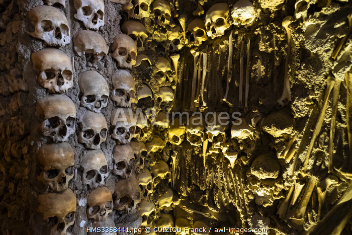 awl-images.com - Portugal / Portugal, Alentejo region, Evora, UNESCO World Heritage site, Sao Francisco church built in the sixteenth century, Capela dos Ossos (Chapel of Bones) built in the 16th century by a Franciscan monk who wanted to transmit the message of life being transitory