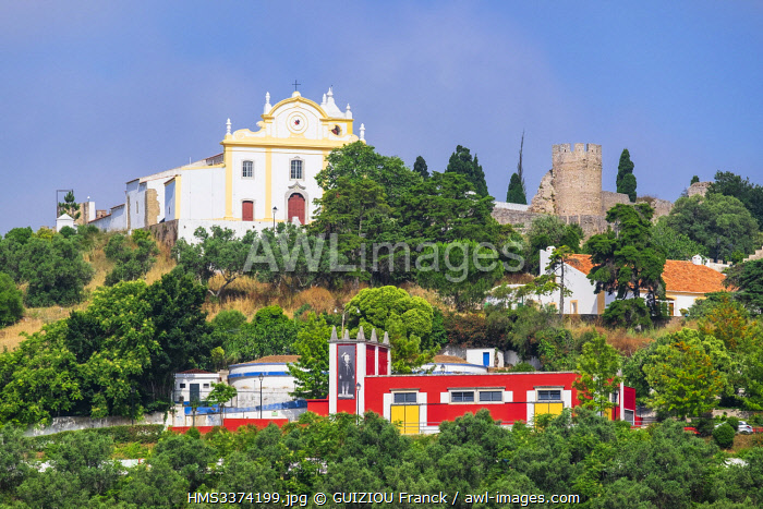 awl-images.com - Portugal / Portugal, Alentejo region, Santiago do Cacem on the hiking trail Rota Vicentina (historical Way GR 11), the medieval castle and the 13th century church dominate the town
