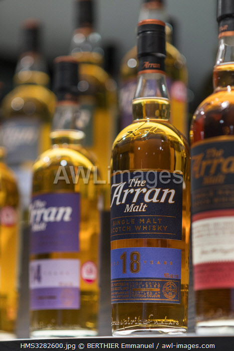 awl-images.com - Scotland / United Kingdom, Scotland, North Ayrshire, Arran island, Lochranza, Arran distillery