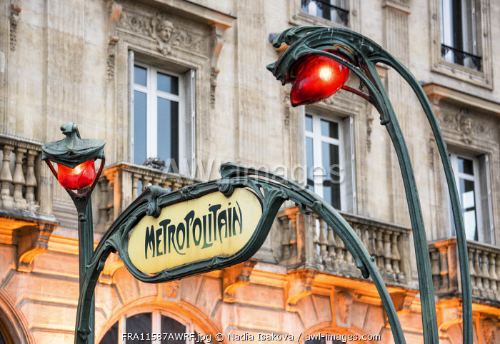 "awl-images.com - France / Art Nouveau lamps and ""Metropolitain"" sign designed by Hector Guimard, now a protected historical monument, Paris, France"